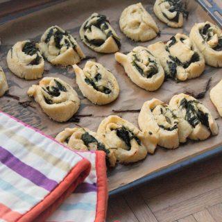 Blätterteig Spinat Schnecken glutenfrei mit Schafskäse1