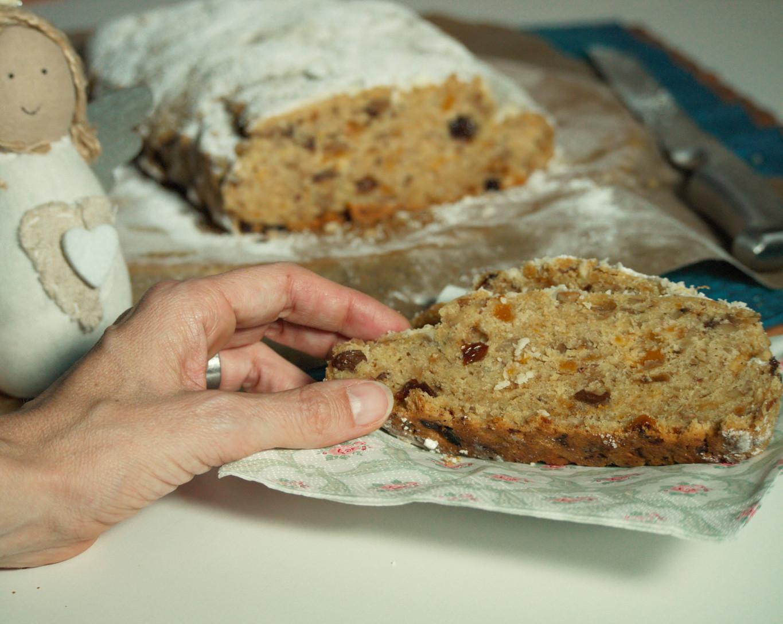 Christstollen glutenfrei und vegan mit Nüssen1