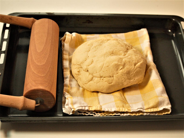 Glutenfreier Hefeteig mit Maismehl