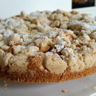 Glutenfreier Streuselkuchen mit Äpfeln und Zimt vegan