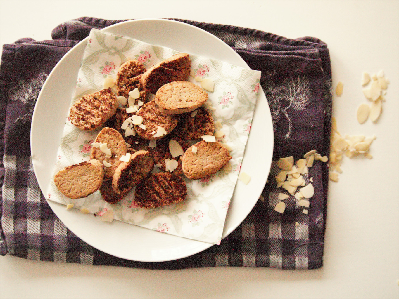 Mandelplätzchen mit Kokosflocken und Zimt glutenfrei und vegan