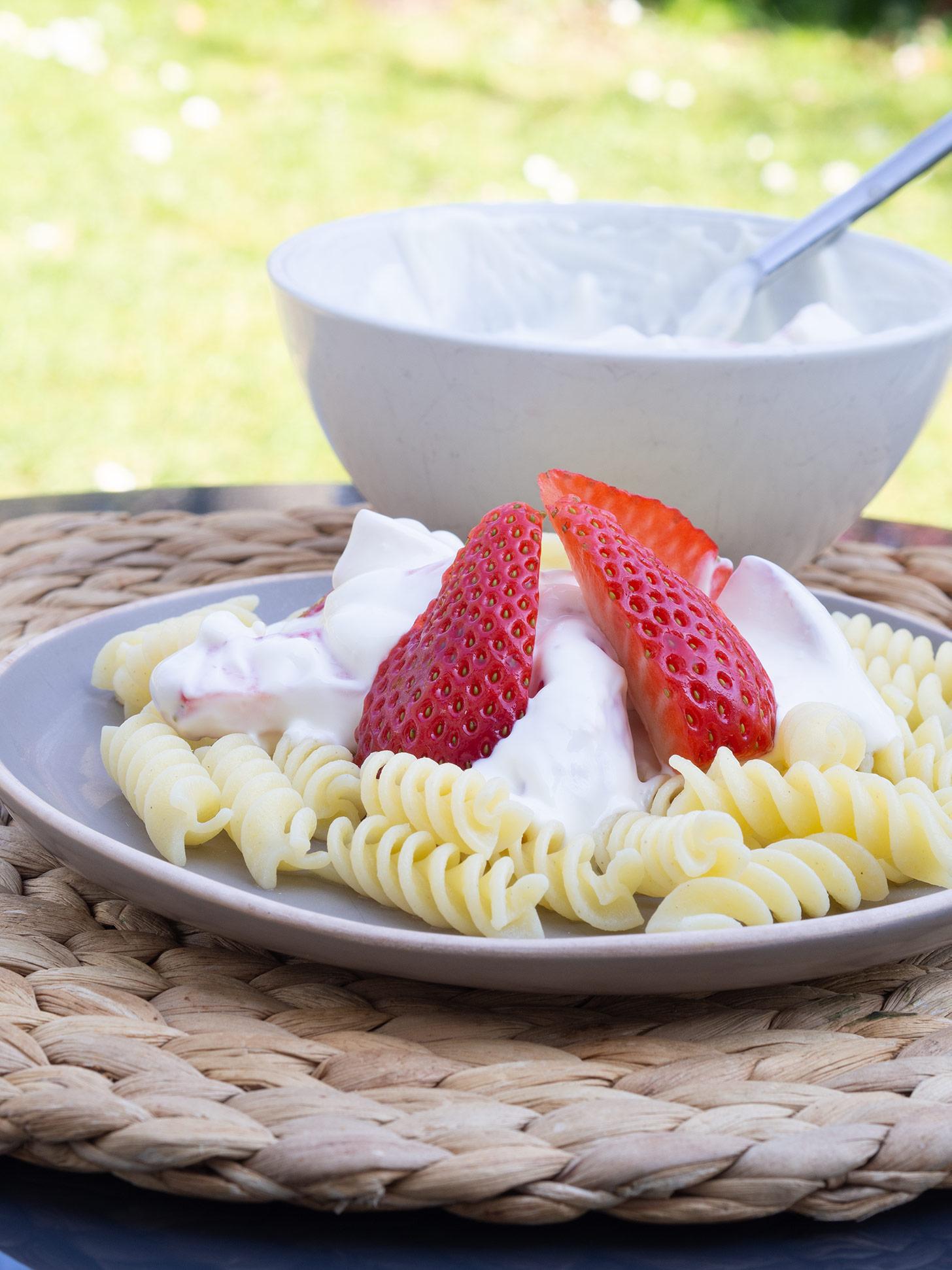 Nudeln mit Erdbeeren